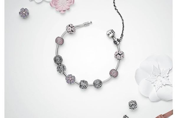 PANDORA Malaysia Outlets FREE Silver Bracelet Giveaway Promotion